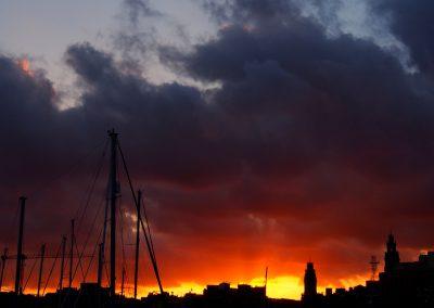 Atardecer ardiente, Port Vell
