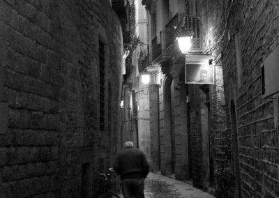 Hombre de lluvia II, Barcelona