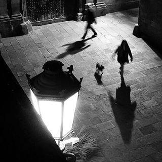 El chico de los hoyuelos, Barcelona