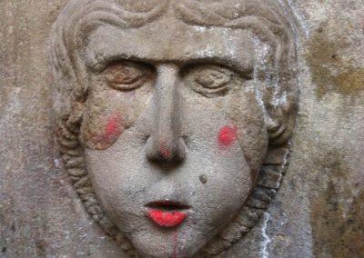 La fuente maquillada, Barri gotic