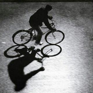 La sombra del cicilista